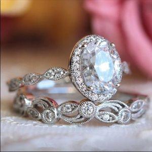 Beautiful Vintage Engagement Style Ring Set